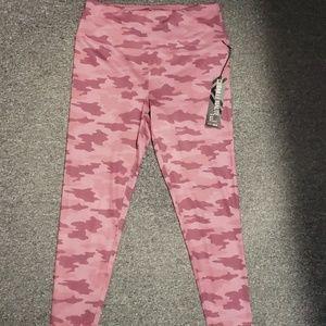 💕 NWT Women's active leggings size L